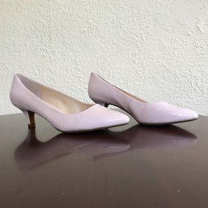 NWOT Light pink kitten heels